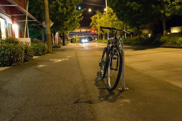 自転車野郎の華麗なるドリフト。見事な技術と、その一方にある課題