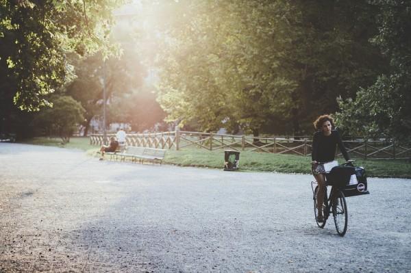 クロスバイクにミニベロ。スカートでおしゃれに街乗りするなら