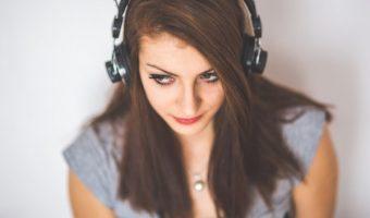ウォーキング中に聴きたい軽快な音楽!おすすめをご紹介