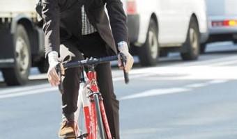 髪をワックスでセット!男性必見の自転車に乗るときに注意したい事