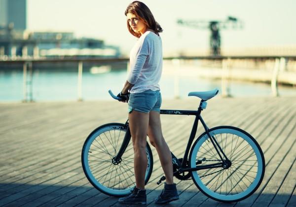 コスパ高めのおすすめロードバイクをふたつの視点からご紹介!
