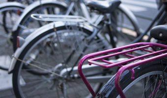 自転車には便利な荷台!簡単に取り付けて快適サイクリングライフ