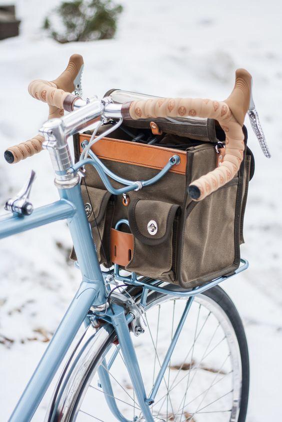 ロードバイクにフロントバッグ?便利でおしゃれなバッグを探そう!