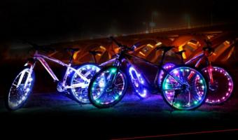 自転車用ホイールライトを取り付けるだけで幻想的な自転車に大変身!
