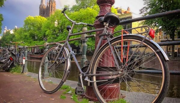 自転車のサビを落として機能改善!個人でできるメンテナンス方法とは