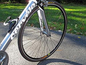 自転車ホイールの振れ取り方法をご紹介!簡単にできる基本作業とは