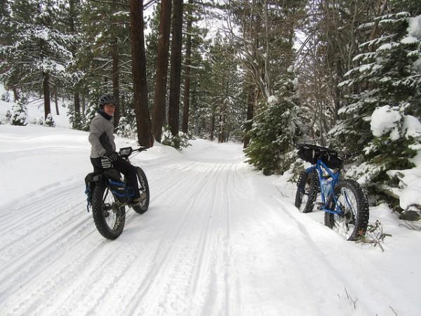 ファットバイクで雪道をガンガンに乗る!おすすめメーカー等をご紹介