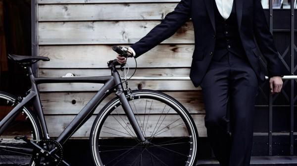 ロードバイク×カジュアルファッション!気軽に街乗りを楽しめます
