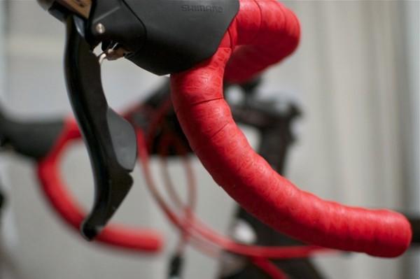 クロスバイクにはバーテープがおすすめ?簡単カスタムで変わる印象
