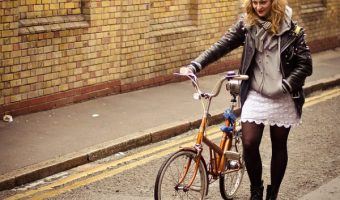 スカートでもクロスバイクを楽しめる?選び方のコツとおすすめモデル