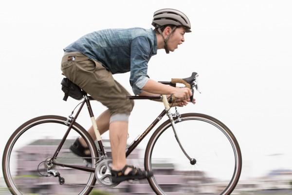 ロードバイクの魅力にハマる初心者続出!軽い車体で楽しむスピード感