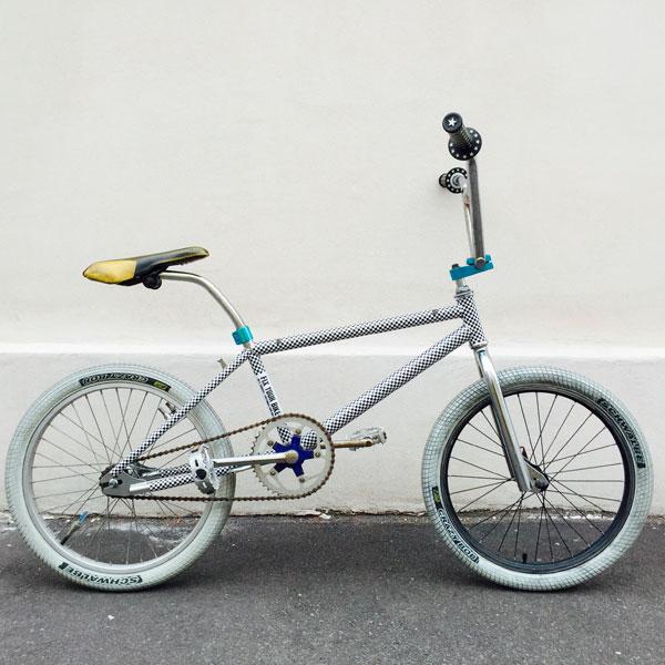 自転車ステッカーでおしゃれにカスタム!自分流アレンジを楽しむコツ
