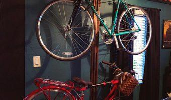 愛車を大事に保管する!高評価な室内用バイクスタンドをご紹介!