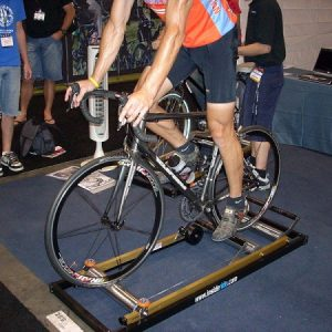 https://commons.wikimedia.org/wiki/File:Indoor_trainer.JPG