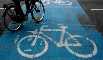 スリップ不可避!路上の定番自転車トラップランキング5選