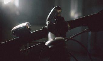 危険すぎる無灯火自転車。本当にやめて!SNSから悲痛の声をご紹介